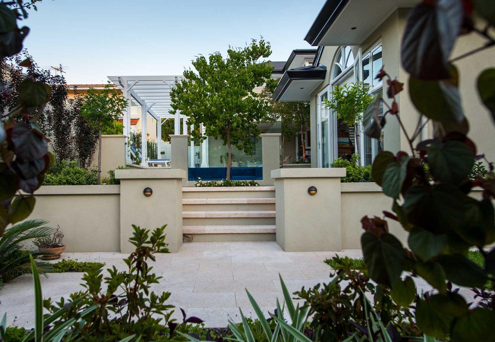 hamptons garden design