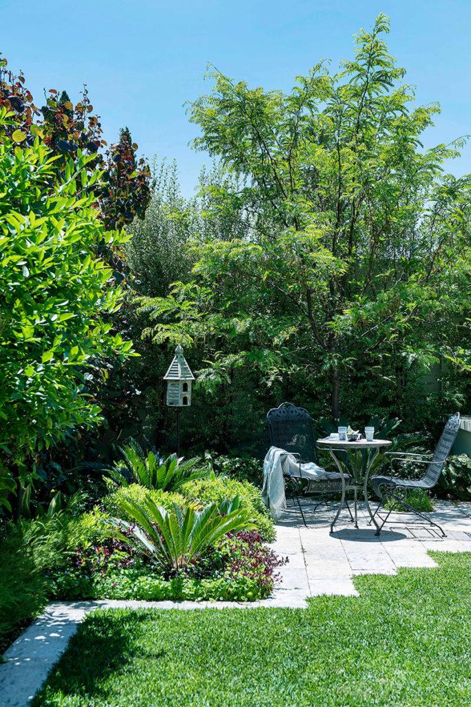 green hamptons garden design