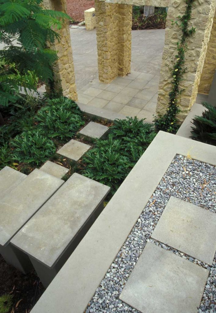 courtyard design in Swanbourne