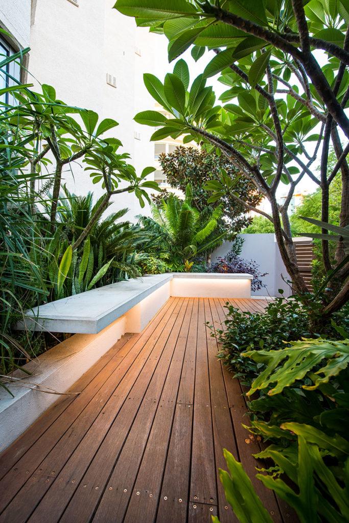Outdoor bench design