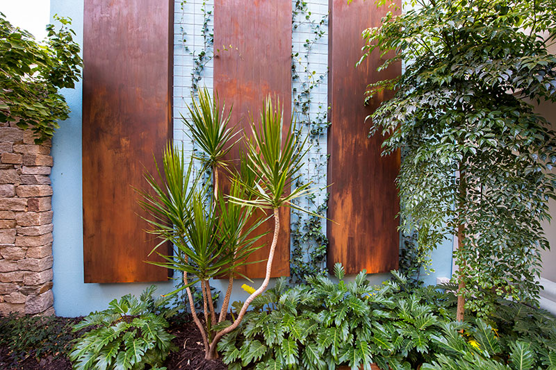 Feature wall with plants